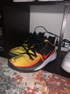 Kyrie low size 13 for Sale in Vienna, VA