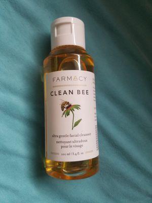 Farmacy clean bee for Sale in Walker, MN