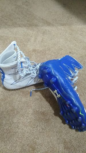 Under armor football cleats. for Sale in Forest Heights, MD
