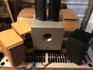 Surround speakers and sub woofer / home entertainment system for Sale in Phoenix, AZ