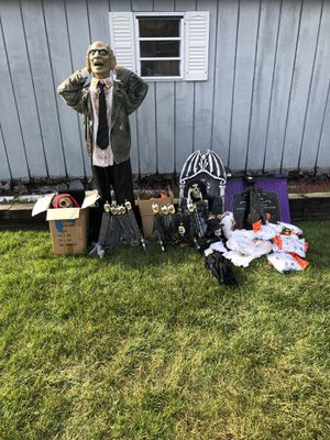 FREE FREE FREE HALLOWEEN STUFF!!! for Sale in LAKEHURST NAE, NJ