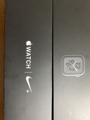 Apple Watch Series 4 44mm Nike+ for Sale in Sanger, CA