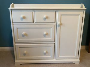 Pottery Barn Madison Changing Table for Sale in Big Bear, CA
