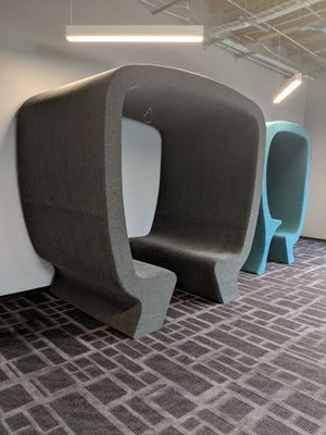 Office chair/seating for Sale in Los Angeles, CA