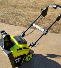 Ryobi 21 in. 40-Volt Brushless Cordless Electric Snow Blower RY40860 for Sale in Washington,  MI