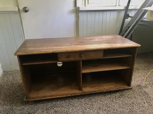 Wood TV stand for Sale in Naperville, IL