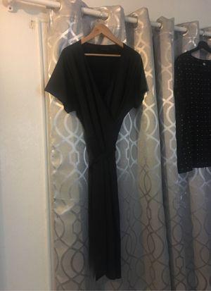 Black wrap around dress used xl for Sale in Fontana, CA