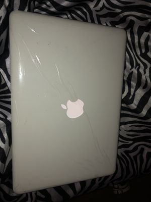 apple mac laptop w charger & case included! AM ABLE TO MEET YOU TO DROP OFF for Sale in Austin, TX