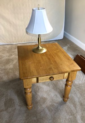 Wood End Table and Lamp. for Sale in Ashburn, VA
