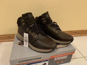 NEW mens Khombu size 9 boots for Sale in Burbank, IL