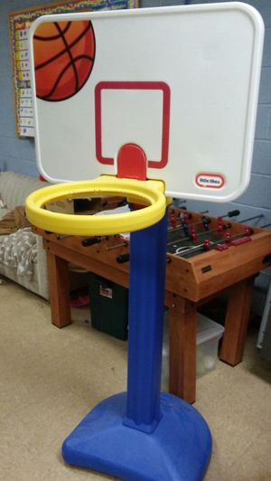 Kids Basketball hoop for Sale in Bronx, NY