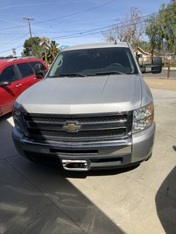 2011 chevy silverado 1500 2wd for Sale in Norco,  CA