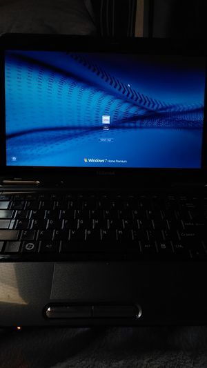 Toshiba Laptop (PotMacs) for Sale in Decatur, GA