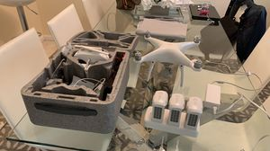 Drone phanton 4 4K whith 3 battery for Sale in Boca Raton, FL