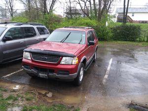 Ford Explorer caladita llantas buenas sero golpes for Sale in Nashville, TN
