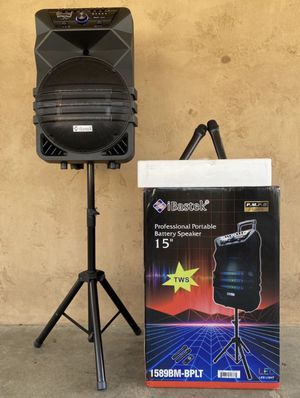 15 inch professional portable Bluetooth speaker new $175 for Sale in Lancaster, CA
