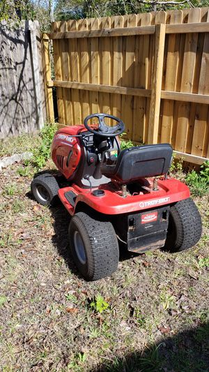Troy Riding Mower 18.5HP needs deck and battery for Sale in Jacksonville, FL