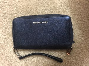 Michael kors blue wallet for Sale in Silver Spring, MD