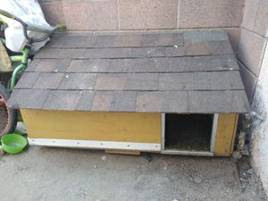 Dog house for Sale in South Gate, CA