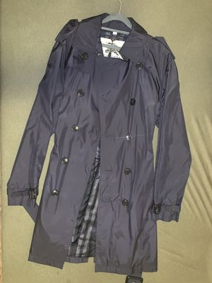 Burberry London Trench Coat for Sale in Bellevue, WA