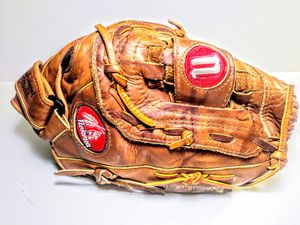 Vintage Nokona Softball Baseball Glove for Sale in Garland, TX