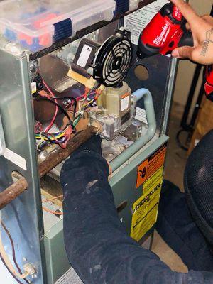 Problemas con la Calefacción en su hogar ? Contáctenos, podemos ayudarle! for Sale in Rockville, MD