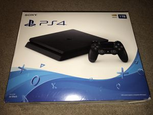 PlayStation 4 Slim PS4 S 1TB, Pristine Condition for Sale in Sunnyvale, CA