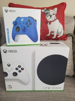 XBOX SERIES S CONSOLE + SHOCK BLUE 2ND CONTROLLER (NEW) for Sale in Orlando,  FL