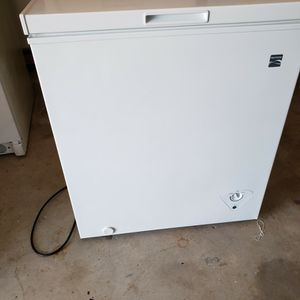 Kenmore 5.0 Cubic Feet Chest Freezer for Sale in Pompano Beach, FL