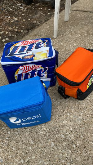 3 coolers for Sale in North Riverside, IL