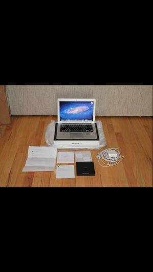 """Apple Macbook Air 13"""" 256GB SSD * Like New !!! Perfect Shape for Sale in Culver City, CA"""