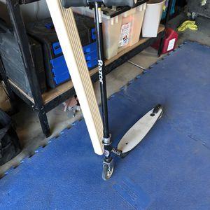 Kids Razor Scooter for Sale in Visalia, CA