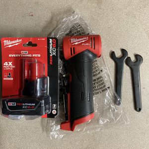 Milwaukee M12 Fuel Right Angle Die Grinder And 6.0 Batt for Sale in Philadelphia, PA