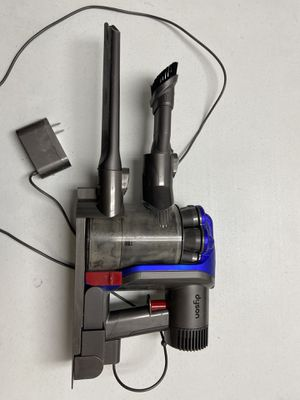 Dyson cordless vacuum (has issue) for Sale in Dallas, TX