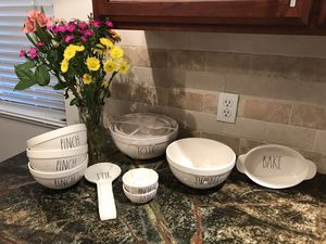 Rae Dunn Mixing bowls and Kitchen Essentials 11 pieces ! for Sale in Sanger, CA