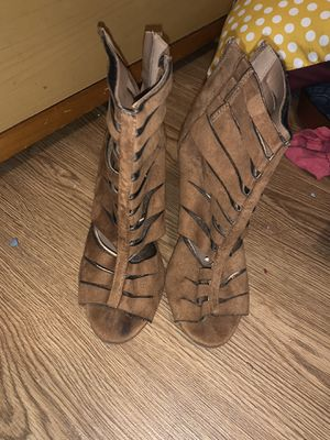 Size 6 Women's Heels for Sale in CORP CHRISTI, TX