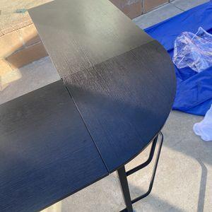 Corner Round Desk for Sale in Glendora, CA