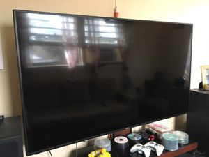 """HD tv 60"""" inches semi new ..Haier brand. Only tv for Sale in New Brunswick, NJ"""