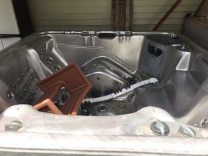 Hot tub for Sale in Swansea, MA