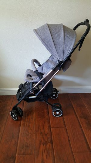 Lightweight airplane stroller for Sale in Sacramento, CA