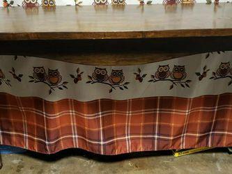 Dark Maple Wood Console Table Loui XV Table Legs for Sale in Norwalk,  CA