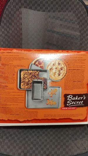 5 piece non stick bakeware set for Sale in Reston, VA