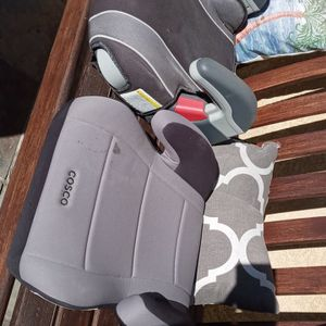 Booster Car Seat (Free) for Sale in Los Angeles, CA