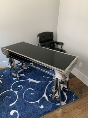 Flight desk Z gallery for Sale in Houston, TX