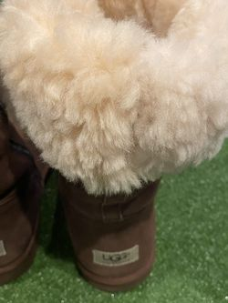 Ugg's Size 8 for Sale in Bothell,  WA
