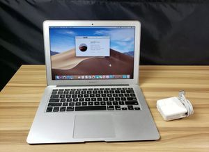 MacBook Air 2017 13 inch 128GB Flash 8GB Memory i5 for Sale in Hollywood, FL