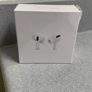 Brand New Apple AirPod Pro Bluetooth Earbuds With Wireless Charging Case for Sale in Yorba Linda, CA
