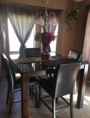 4 piece dining table for Sale in Casa Grande, AZ