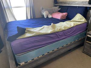 bedroom furniture set for Sale in Kyle, TX