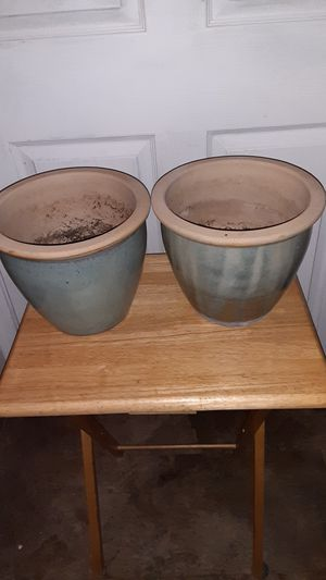 Pair of nice pottery planter pots for Sale in Sun City, AZ